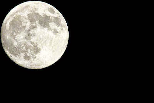 full moon, zoom lens, 700mm