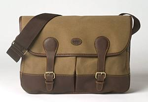 f39347b98c20 Choose from Cotswold Country s Baron canvas bag selection suitable for all  kinds of outdoor activity.