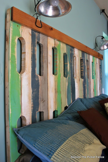 pallets, headboard, salvaged wood, reclaimed, bedroom idea, http://bec4-beyondthepicketfence.blogspot.com/2015/12/these-are-few-of-my-favorite-things.html