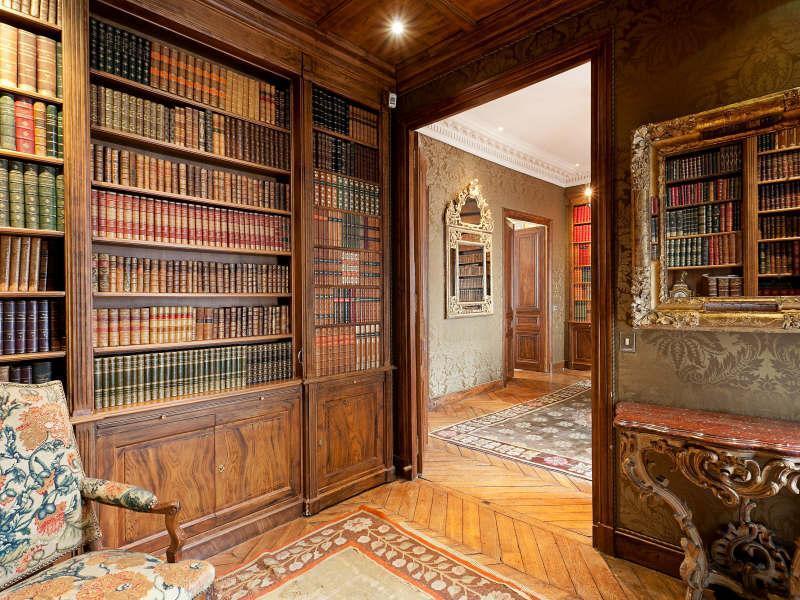 Victorian Gothic interior style: Victorian Gothic style ...