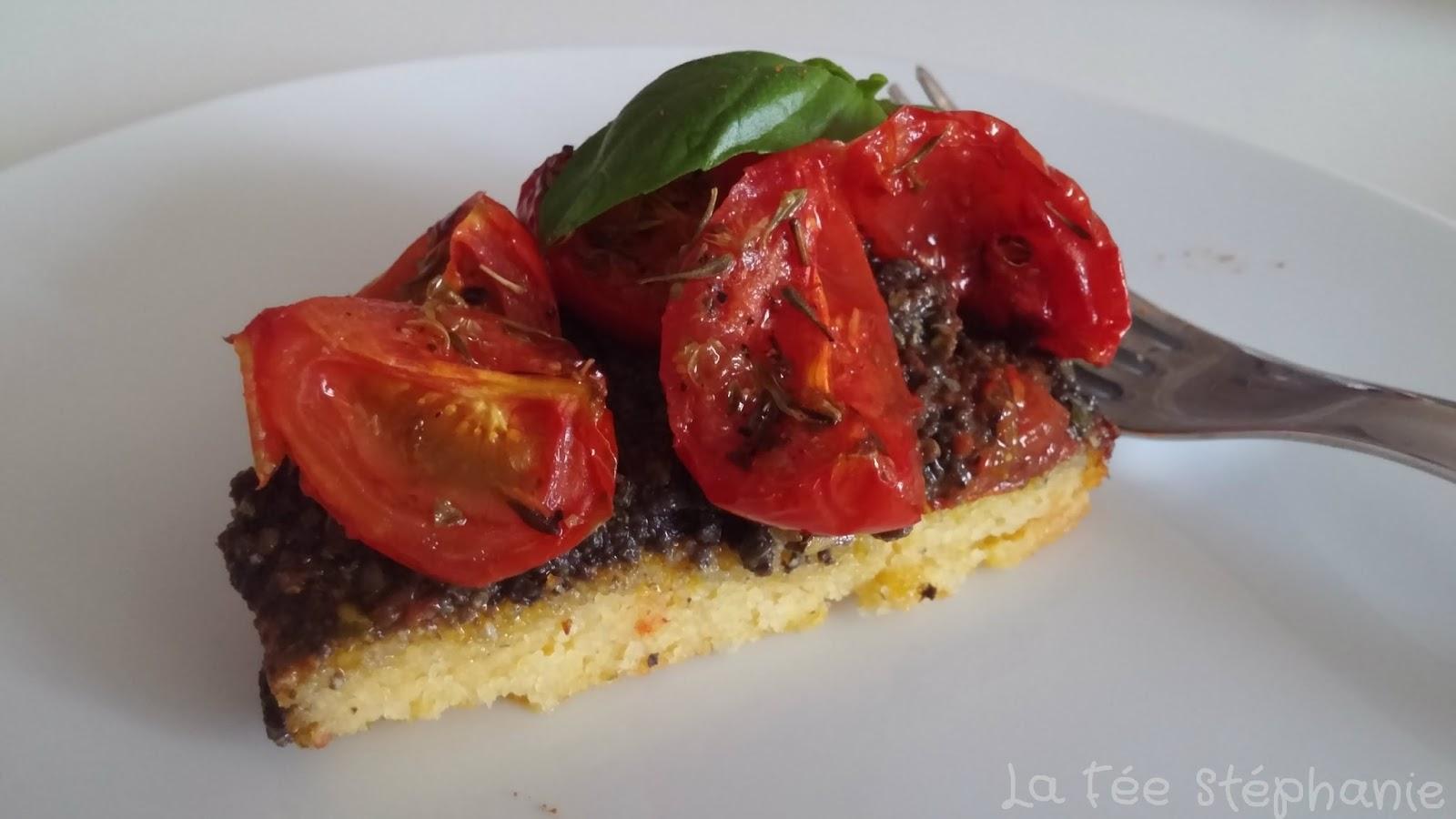 Galettes de polenta tapenade aux olives et tomates cerises au four la f e st phanie - Polenta cuisson au four ...