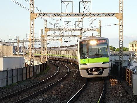 【不思議な運用】都営車の各停 京王多摩センター行き
