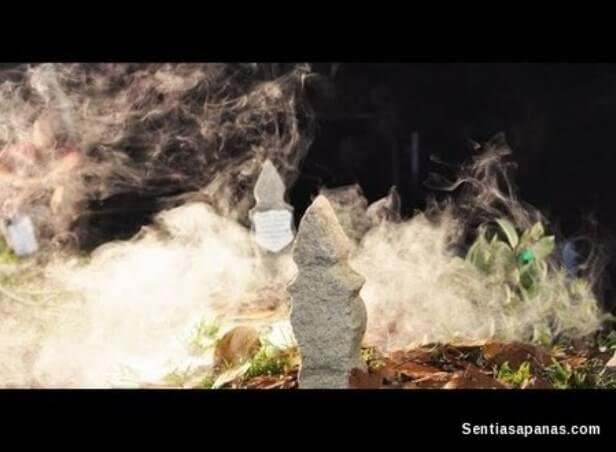 Kubur bercahaya