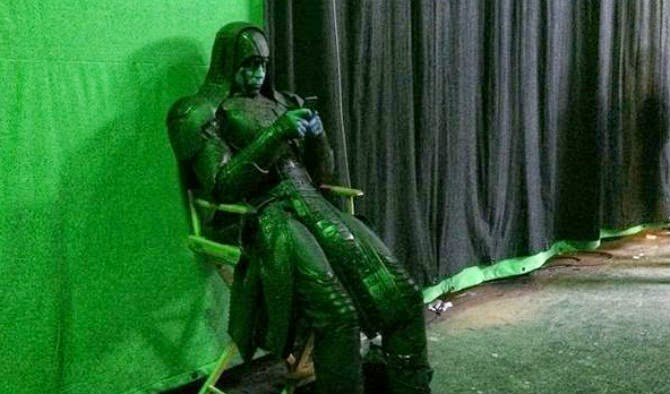 Lee Pace on his cell p...