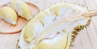 Bolehkah Ibu Menyusui Makan Durian dan Apa Saja Manfaatnya?