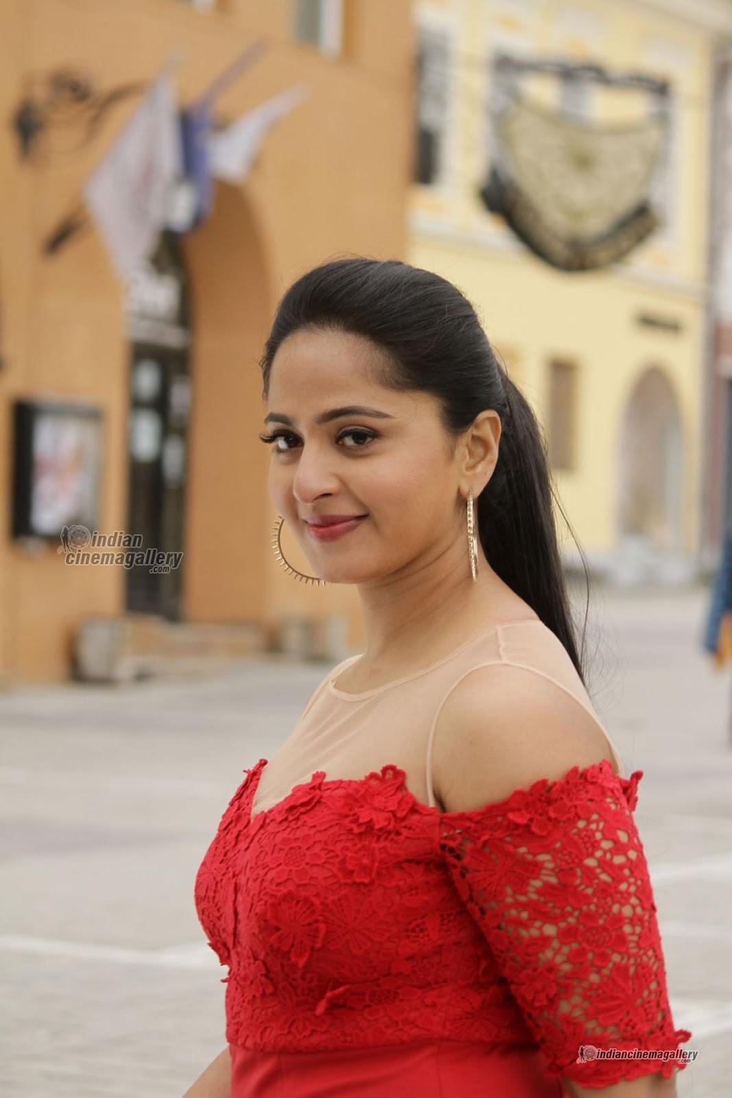 south indian actress anushka shetty's hairstyles