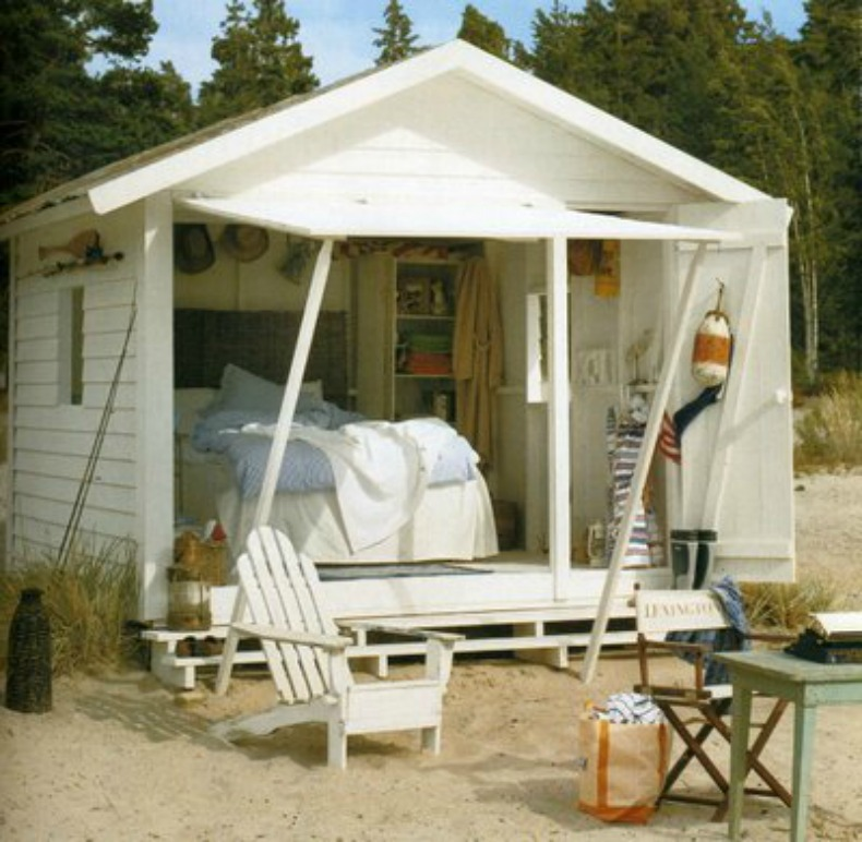 Designer Tips To Maximize Space In Your Beach Shack