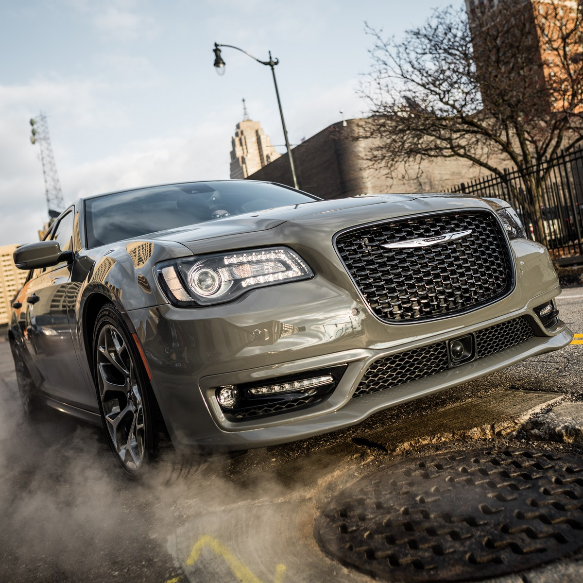 Chrysler Reportedly Axes Redesigned 300, Hellcat Model In