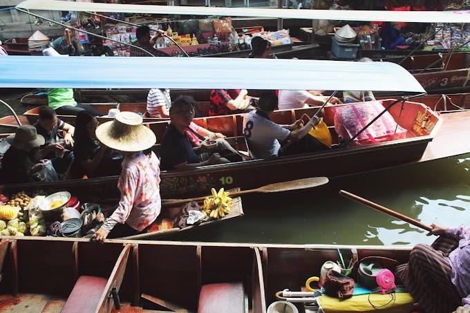 Damnoen Sudak floating market, Thailand