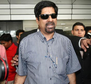 Krishnamachari Srikkanth supports online campaign for more flights to Bhopal