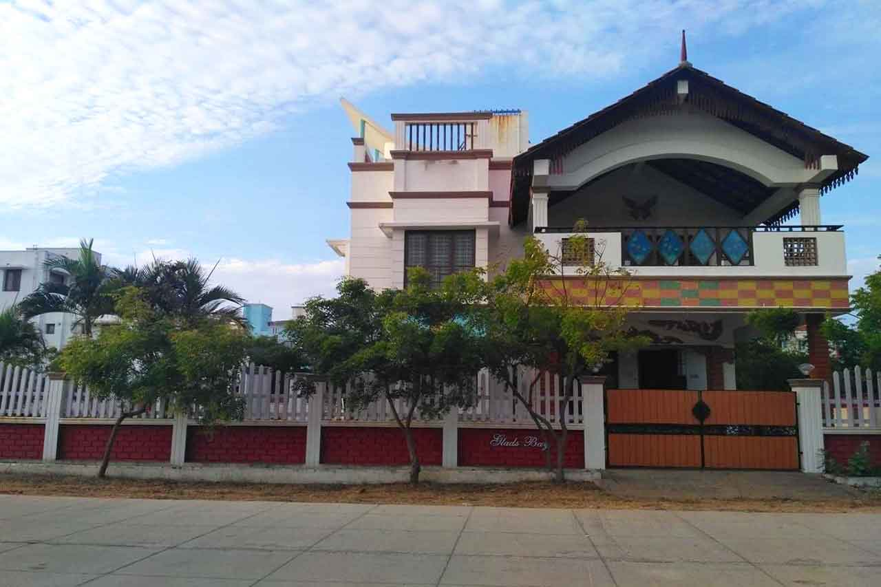 beach houses in ecr for daily rent