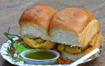 veg recipe of india - vada pav