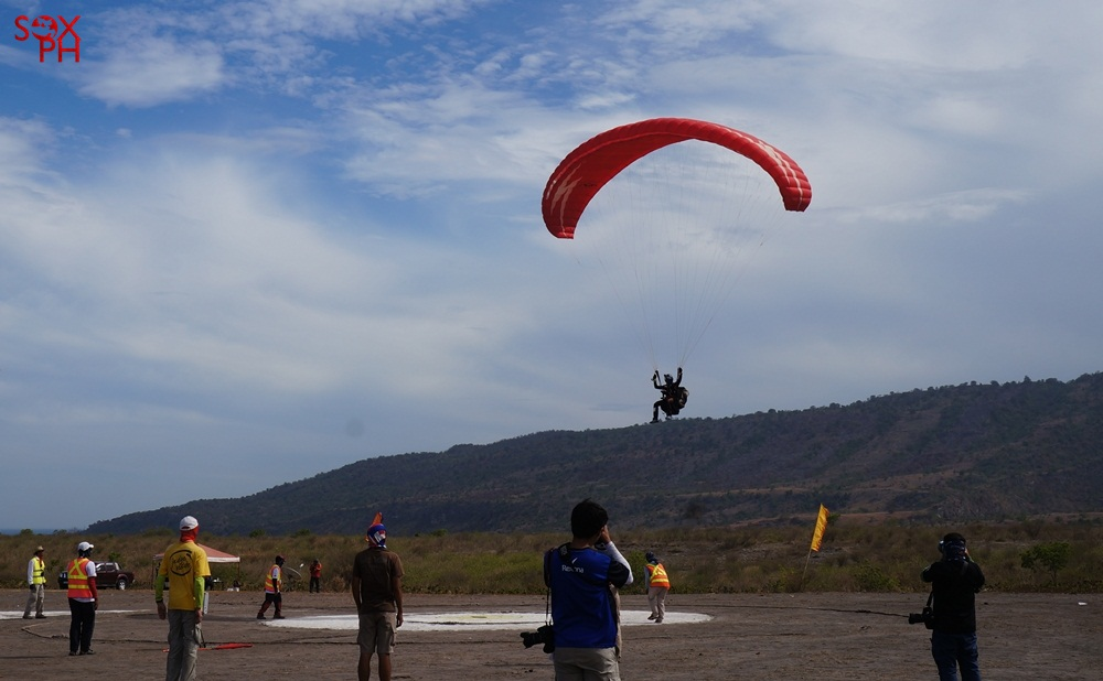 Paragliding Accuracy Championship in Maasim