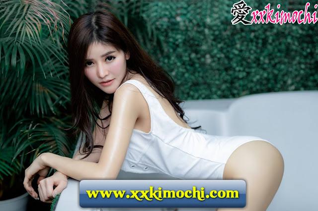 Foto Model Seksi dan Hot Jirawat Chananont 04