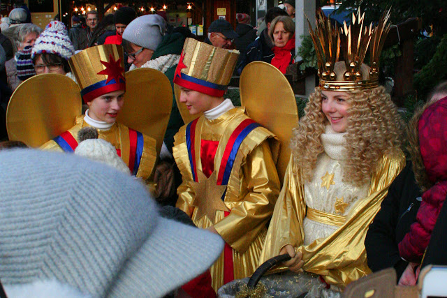 Nürnberg's Christkind and attendants, Christmas Market, Christkindlmarkt, Germany
