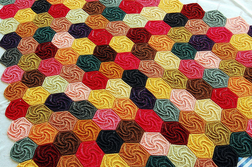 Knitting Patterns Free  Learn How To Knit Swirl Shawl With Video at ... 56641d66572