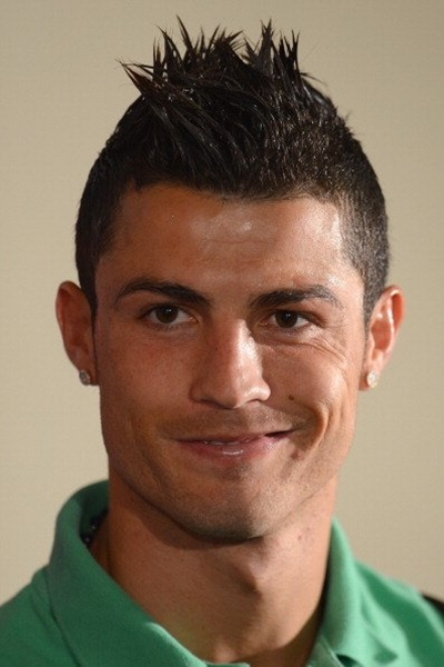FOTO: Macam-macam Gaya Rambut Cristiano Ronaldo   KEMOCENG