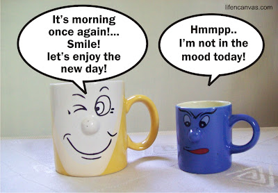 the two mugs