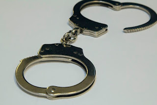 Dois são presos por usar ponto eletrônico durante prova do Enem