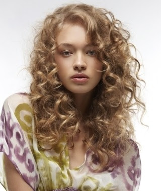 peinados cabello rizado natural peinados cara redonda with peinados pelo rizado natural