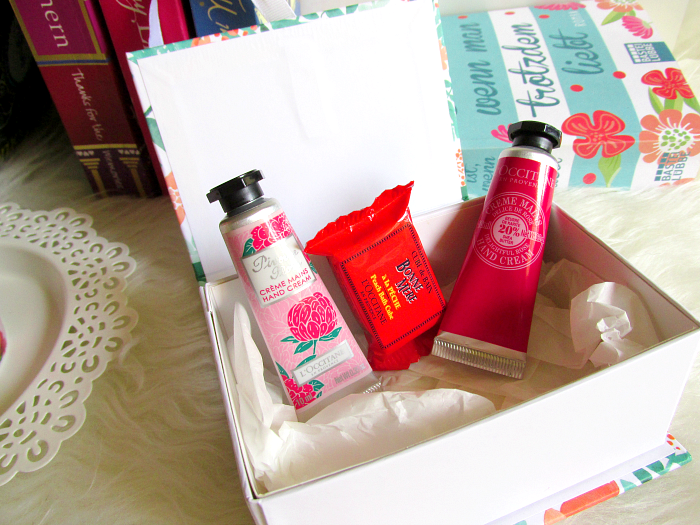 L´Occitane - My little Mini Flower Book (Giveaway) 3