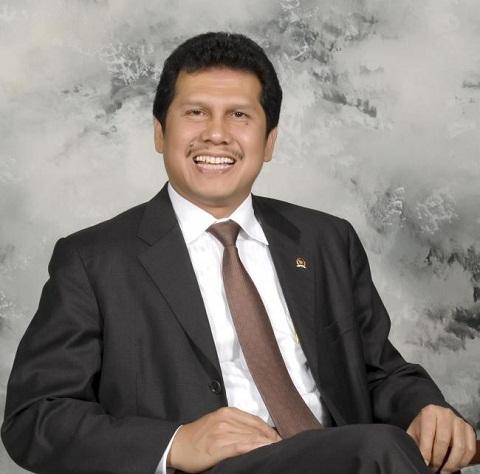 Gantikan Yuddy Chrisnandi, Inilah Profil Singkat Asman Abnur Menteri PANRB Yang Baru