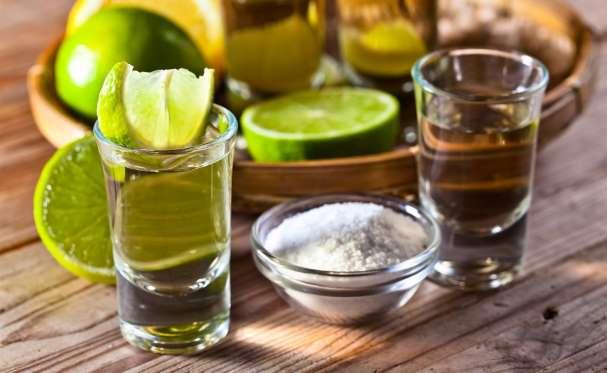 Tomar tequila te ayuda a bajar de peso, expertos