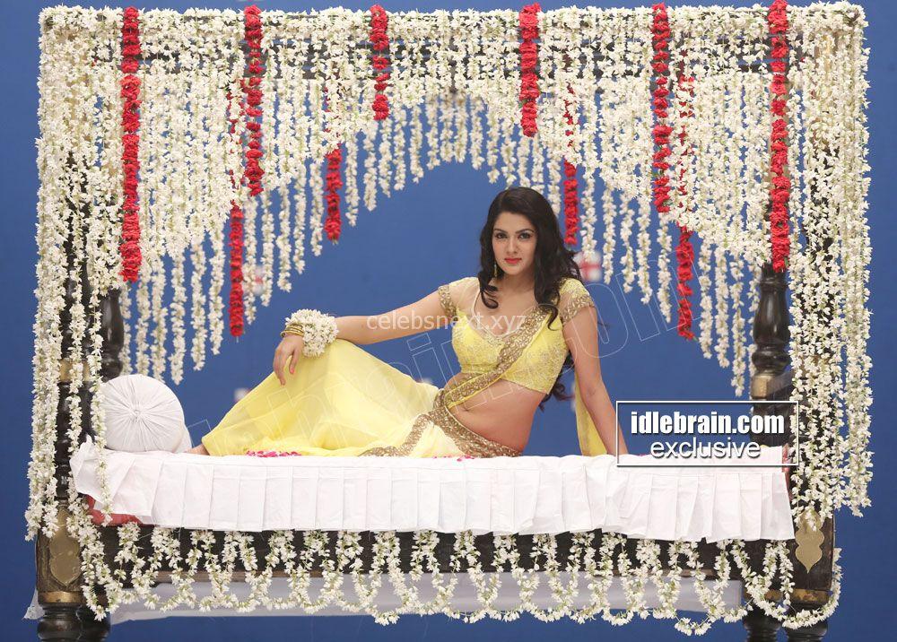 Sakshi Chodary in Choli Transparent Saree Spicy Pics