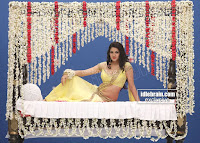 Sakshi Chodary in Yellow Transparent Sareei Choli Spicy Pics 14 .xyz.jpg