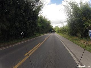 Bela paisagem de estrada na BR-101.