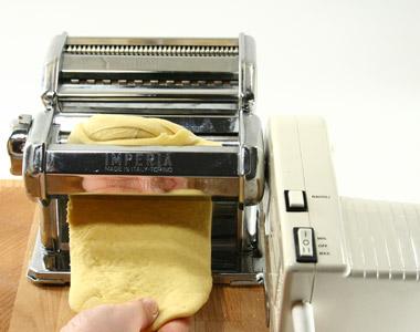 Amicomario cucina casalinga un alternativa ai ravioli - Macchine per la pasta casalinga ...