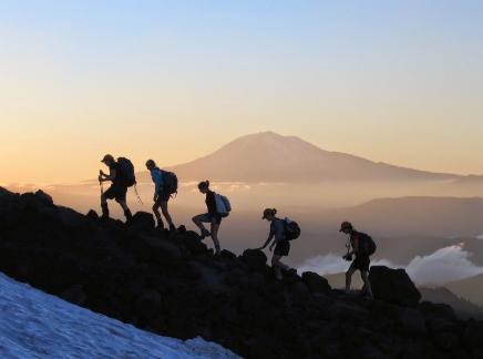 Ragam Persiapan penting yang Harus Dilakukan Bila Ingin Mendaki Gunung