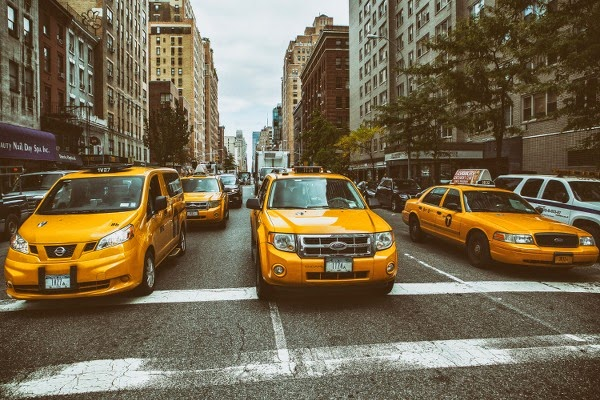 gule taxier i New York