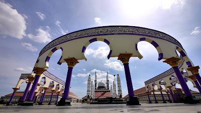 akcayatour, Masjid Agung Jawa Tengah, Travel Malang Semarang, Travel Semarang Malang