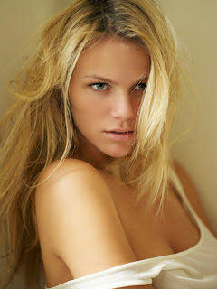 Brooklyn Decker photo