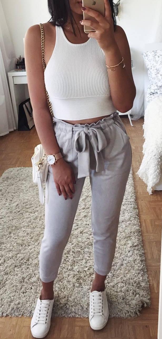 ootd | white top + nude pants + sneakers + bag