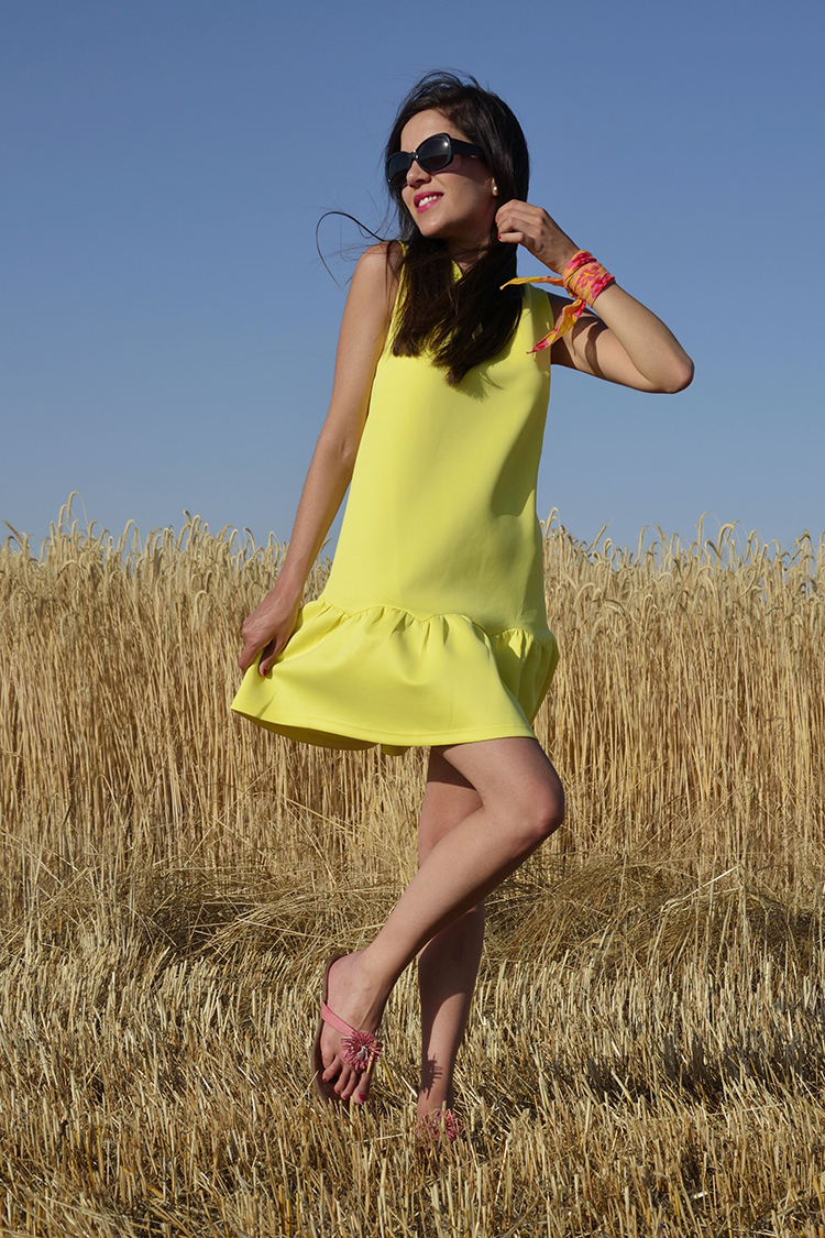 vestido-amarillo-look-blogger-verano-summer-dress-outfit-yellow-dress