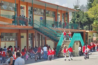 Senado aprueba reformas para modificar calendario escolar