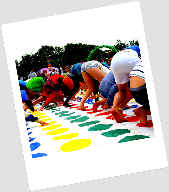 playing twister at glastonbury 2013