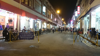 Liang Seah Street by night