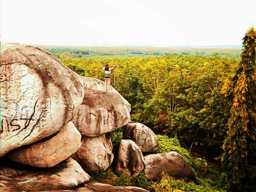 batu granit di tanjung bintang kabupaten lampung selatan