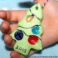 Salt dough fingerprint christmas tree - salt dough craft ideas for kids