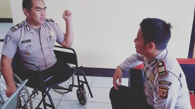 Aiptu Beni, Polisi Bandung Tanpa Kaki yang Menginspirasi Kisahnya Bikin Merinding