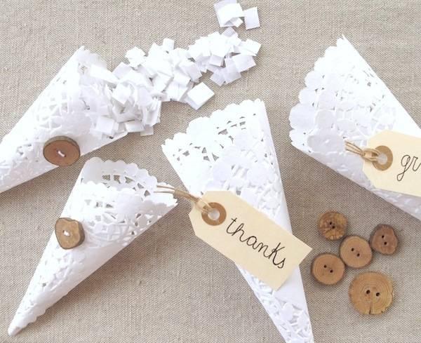 cornet pétale napperons dentelle papier