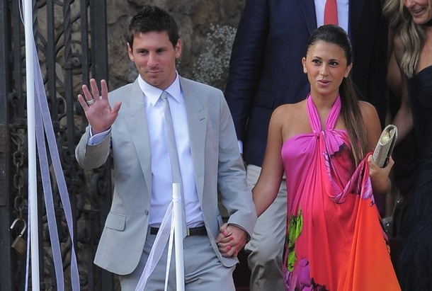Lionel messi dating luciana salazar validating xp