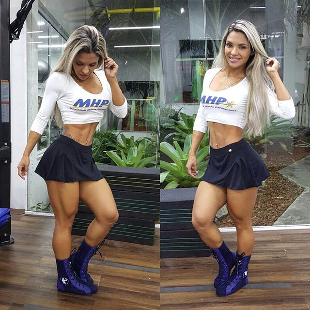 brazilian Fitness Model Aline Barreto
