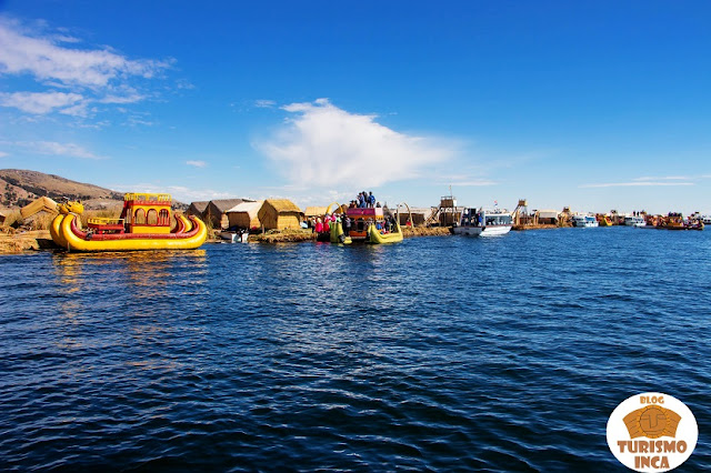 Islas flotantes de Los Uros