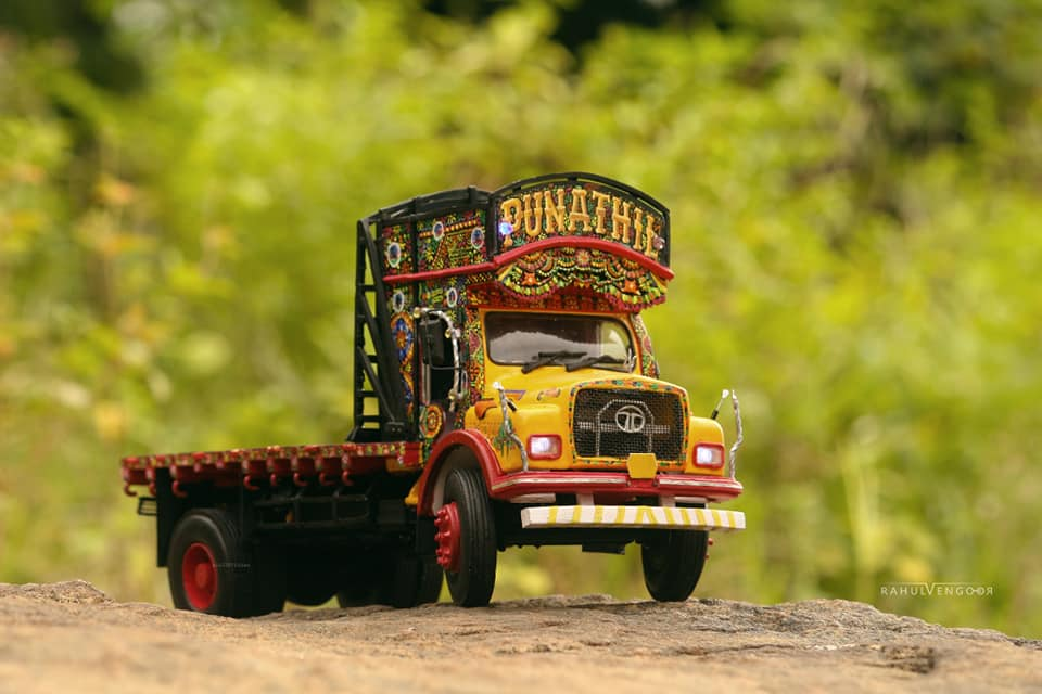 Old Lorry Miniature craft