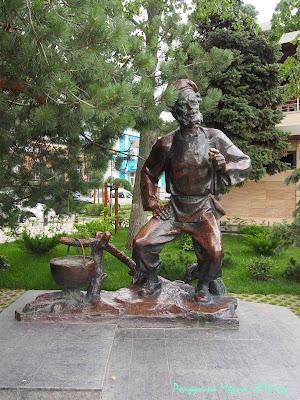 Ростов-на-Дону памятник дед щукарь