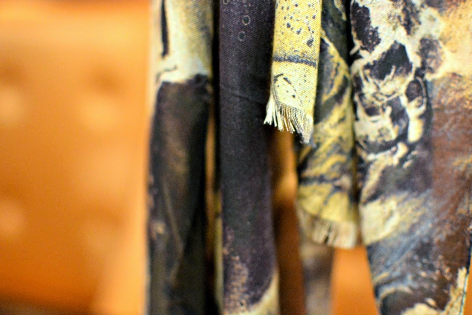 Guirado Design Scarf wearable art